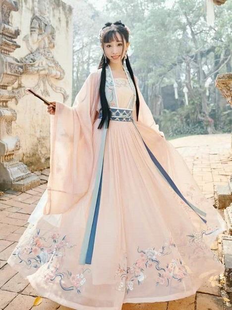 如何挑选襦裙?先了解汉服襦裙的分类与朝代更迭
