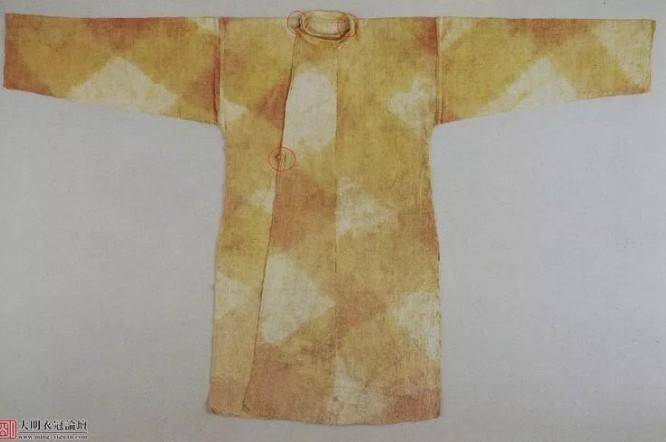 实物:日本正仓院奈良朝藏上领袍(唐圆领袍)