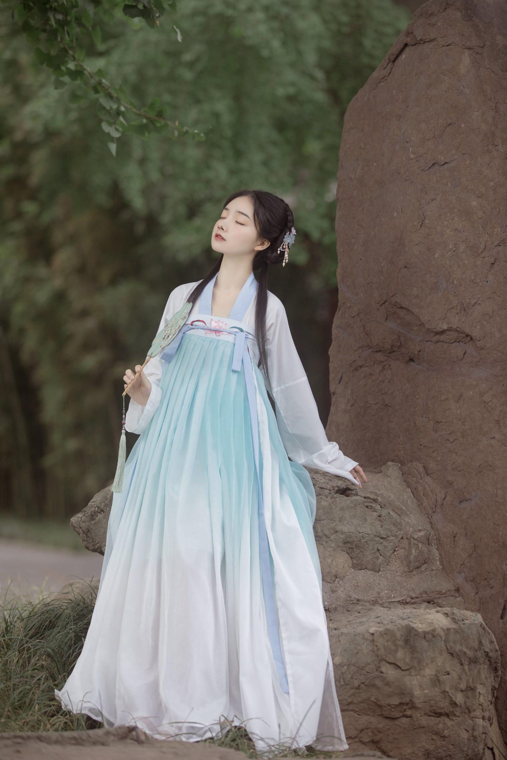 【汉服货源】【汉服推荐】原创齐胸襦裙套装,量大从优